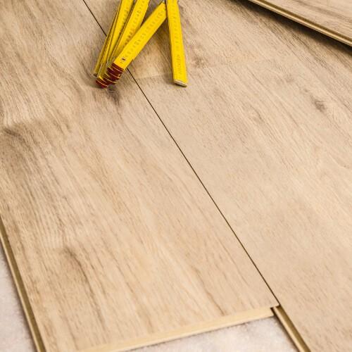Laminate flooring | Magic Carpets